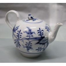 19th c. Meissen Blue & White Teapot & Cream Jug