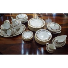 Wedgwood Autumn Vine Dinner Tea Service 55 Pieces