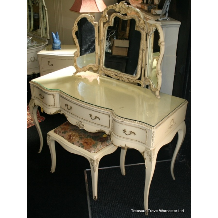 Louis Style Early Olympus Dressing Table With Stool