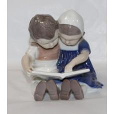 Bing & Grøndahl Copenhagen Denmark Porcelain Figurine #1567