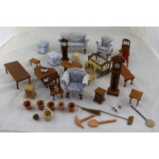 Collection of Vintage Dolls House Furniture & Furnishings