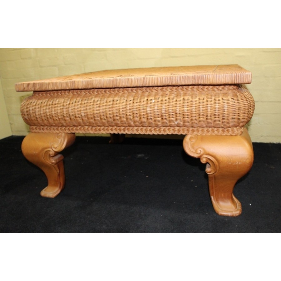 Rattan Conservatory Coffee Table: Heavy Square Rattan Conservatory Coffee Table