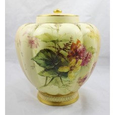 Late 19th c. Royal Worcester Blush Ivory Pot Pourri