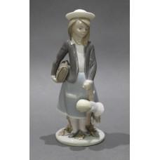 Lladro Figurine Autumn Schoolgirl 5218