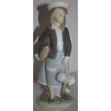 "Lladro Porcelain Figurine ""Autumn"" Schoolgirl #5218"
