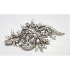 Mid 20th c. Diamond Set Foliate 18ct. White Gold Brooch