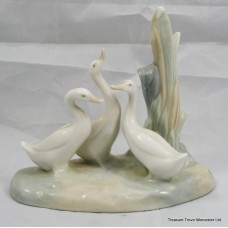 Nao Figurine Three Geese in Reeds