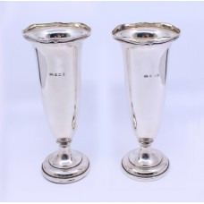 Pair of Sterling Silver Elkington & Co Vases Birmingham 1918