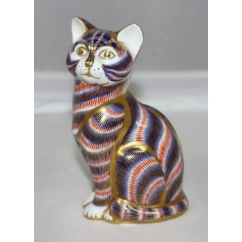 Royal Crown Derby Paperweight Cat Gold Seal
