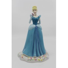 Royal Doulton Disney Princesses Figurine Cinderella DP1