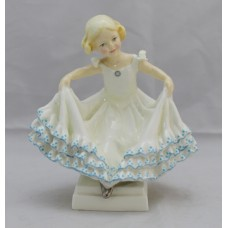 Royal Worcester F.G.Doughty Figurine Masquerade 3360