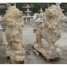Superb Very Large Pair of Carved Golden Travertine Stone Lions